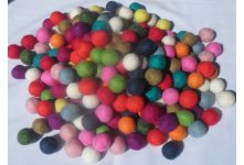 1000 Pieces 1.5cm mixed color felt balls