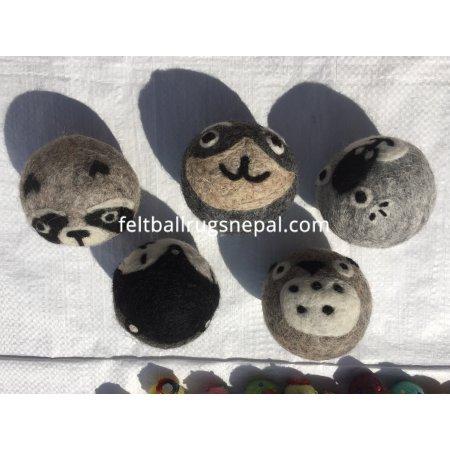 https://feltballrugsnepal.com/1010-thickbox_default/felt-dryer-or-laundry-balls-7cm.jpg