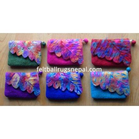https://feltballrugsnepal.com/160-thickbox_default/6-pieces-felt-cutting-folding-purse-.jpg