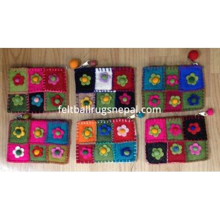 https://feltballrugsnepal.com/177-thickbox_default/6-pieces-crochet-flower-purse-.jpg
