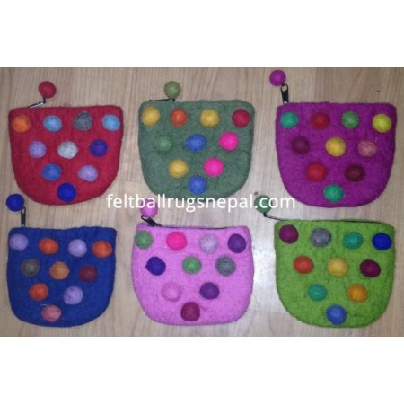 https://feltballrugsnepal.com/178-thickbox_default/6-pieces-10-ball-coin-purse-.jpg