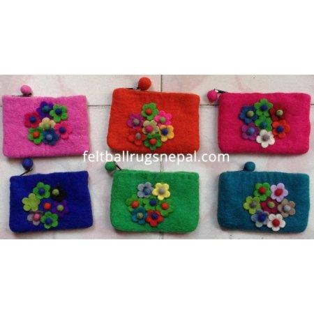 https://feltballrugsnepal.com/179-thickbox_default/6-pieces-felt-seven-flower-coin-purse-.jpg