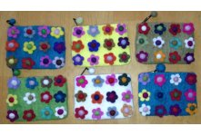 6 Pieces Felt twelve flower purse