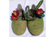 Felt lass design slipper