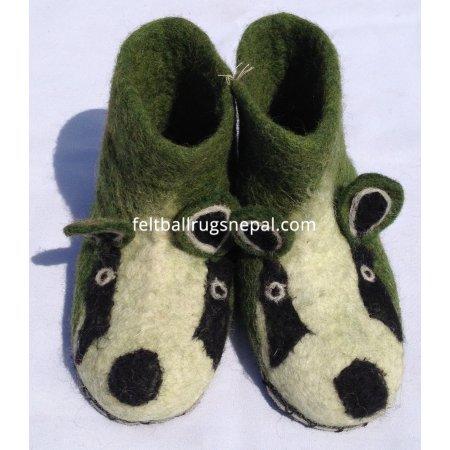https://feltballrugsnepal.com/199-thickbox_default/felt-animal-design-shoes.jpg