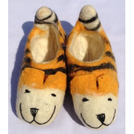 56066d1f620 Handmade Felt shoes in various size