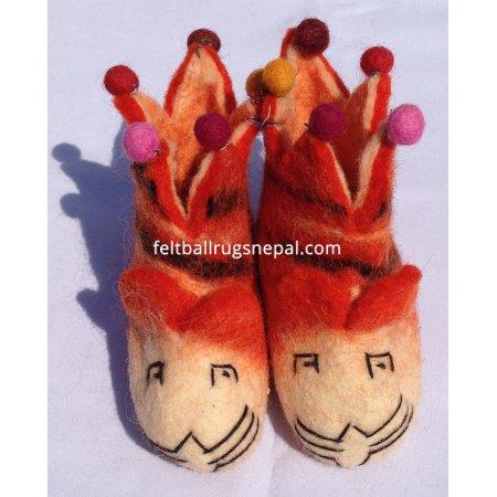 https://feltballrugsnepal.com/213-thickbox_default/felt-tiger-design-children-shoes.jpg