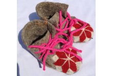 Felt shoes with rope