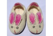 Felt rabbit design white shoes