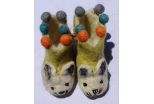 Felt cat design tinny shoes with ball