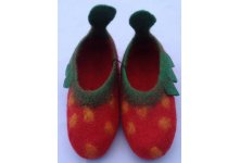New design strawberry shoes