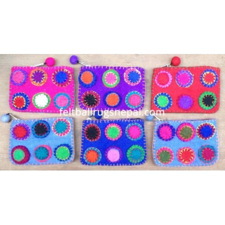 https://feltballrugsnepal.com/291-thickbox_default/6-pieces-felt-chakka-design-purse.jpg
