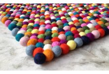 Rectangular felt ball rug