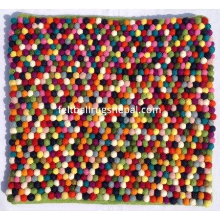 https://feltballrugsnepal.com/305-thickbox_default/40x40cm-felt-ball-cushion-cover.jpg