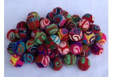 1000 Pieces felt swirly pom poms