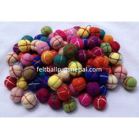 https://feltballrugsnepal.com/407-thickbox_default/1000-pieces-2cm-felt-hand-knitted-balls.jpg