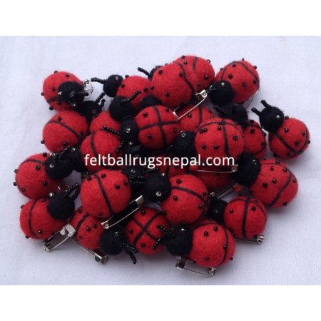 https://feltballrugsnepal.com/408-thickbox_default/felt-ladybug-handmade-in-nepal.jpg