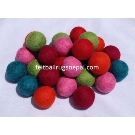 https://feltballrugsnepal.com/428-thickbox_default/100-pieces-handmade-felt-balls.jpg