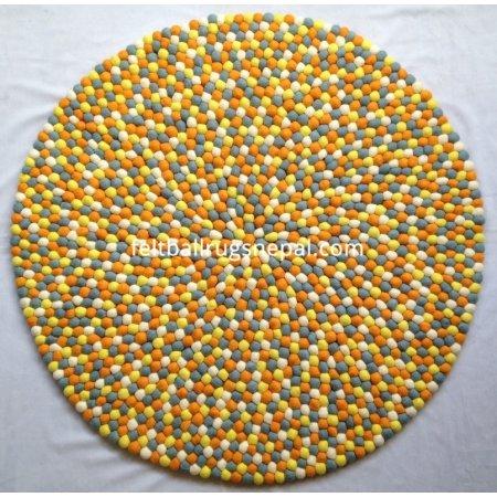 https://feltballrugsnepal.com/434-thickbox_default/mesmerising-round-felt-ball-rug.jpg
