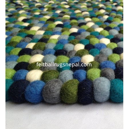 https://feltballrugsnepal.com/451-thickbox_default/round-green-multicolored-felt-ball-rug.jpg