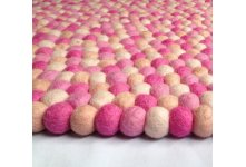 Soft color Felt Ball Rug