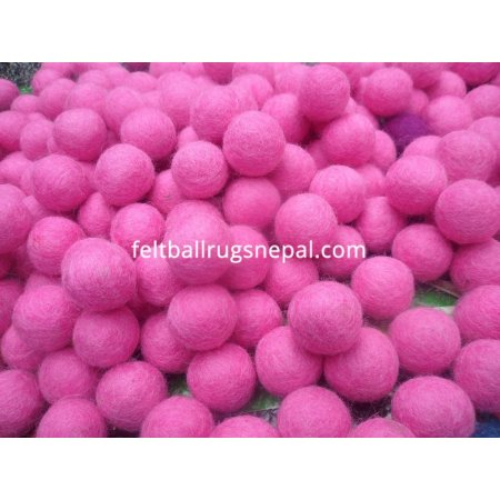 https://feltballrugsnepal.com/53-thickbox_default/1000-peaces-2cm-pink-color-felt-balls.jpg