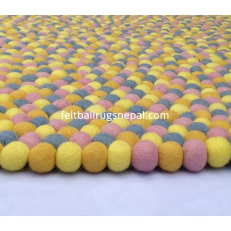 https://feltballrugsnepal.com/547-thickbox_default/sunshine-felt-ball-rug.jpg
