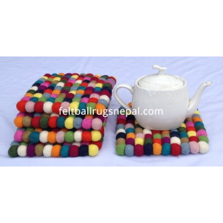 https://feltballrugsnepal.com/561-thickbox_default/5-pieces-square-felt-trivet-coaster.jpg