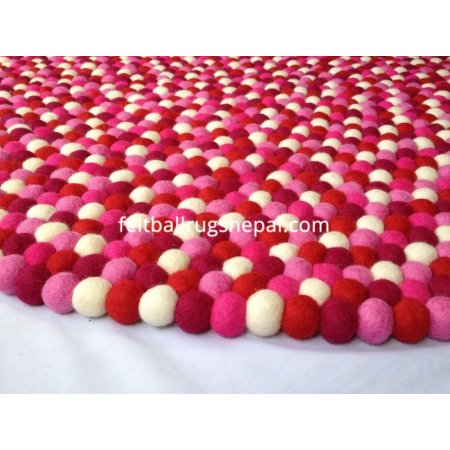 https://feltballrugsnepal.com/649-thickbox_default/hot-sexy-round-felt-ball-rug.jpg