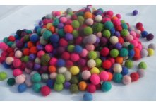 1000 Pieces 1cm mixed color felt balls