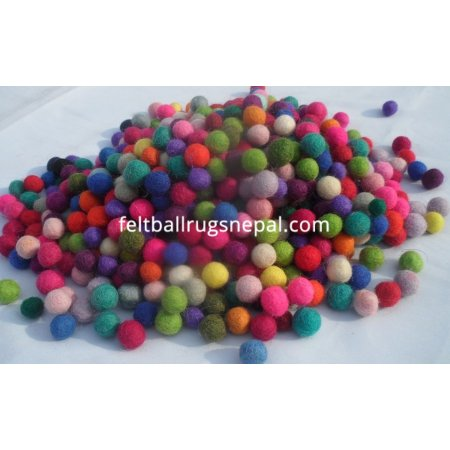 https://feltballrugsnepal.com/68-thickbox_default/1000-pieces-1cm-mixed-color-felt-balls.jpg