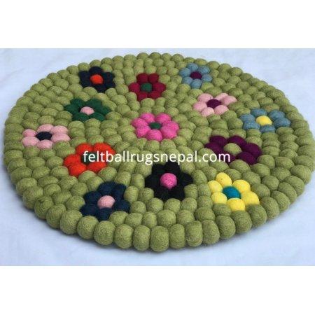 https://feltballrugsnepal.com/958-thickbox_default/40cm-flowers-felt-mat.jpg