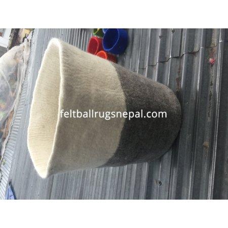 https://feltballrugsnepal.com/979-thickbox_default/handmade-felt-baskets.jpg